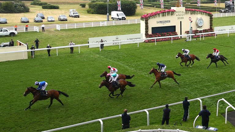Battaash wins the King's Stand