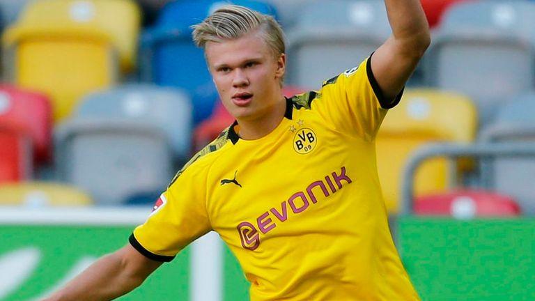 Erling Haaland celebrates his last-gasp winner against Dussledorf