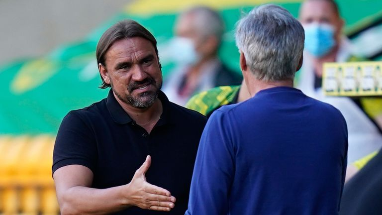 Daniel Farke greets Carlo Ancelotti ahead of the game on Wednesday