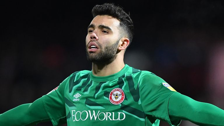 David Raya could be on Arsenal's list to replace Martinez