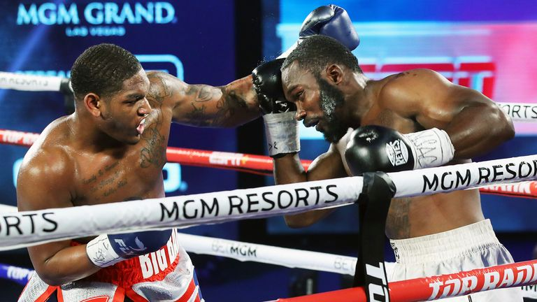 Anderson stopped Langston in three rounds