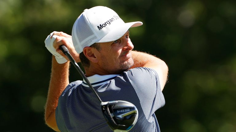 Justin Rose set the early pace on seven under