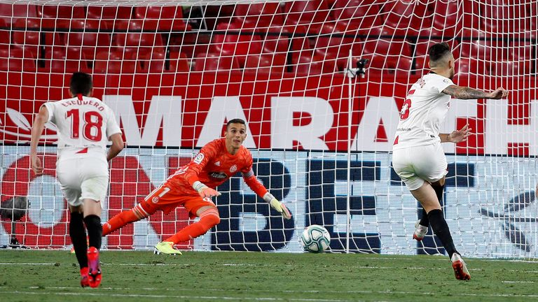 Lucas Ocampos' late penalty sealed a point for Sevilla against Real Valladolid