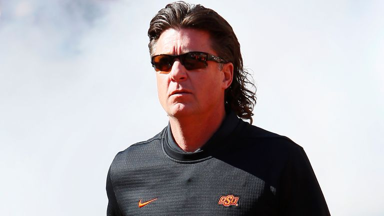 Oklahoma State's Mike Gundy apologizes for 'pain, discomfort' caused