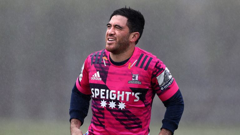 Nehe Milner-Skudder brings all his experience to the Highlanders