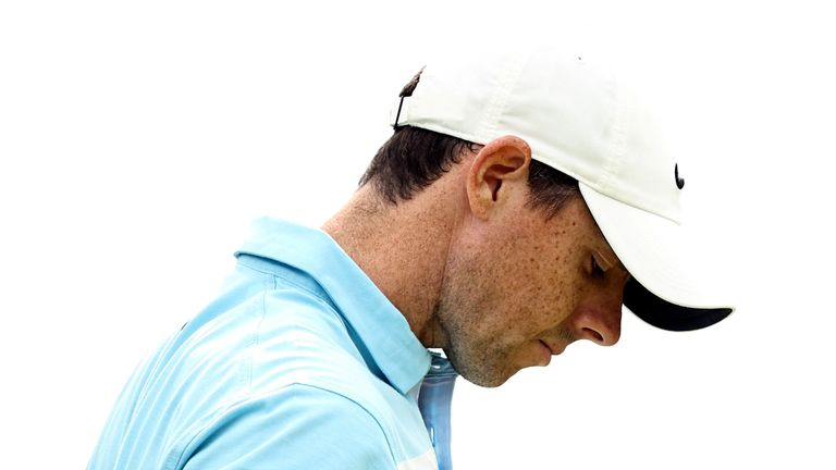 Rory McIlroy dropped down the leaderboard at the Travelers Championship