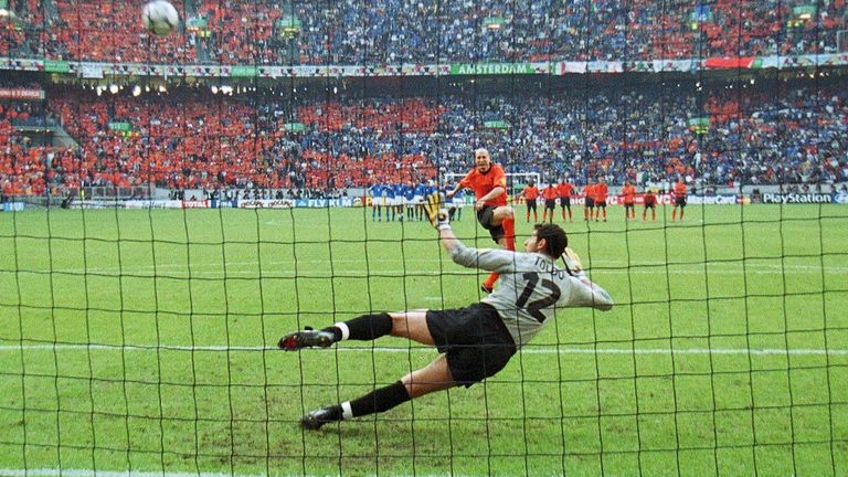 Jaap Stam missed his penalty in the shootout v Italy in the semi-finals of Euro 2000.