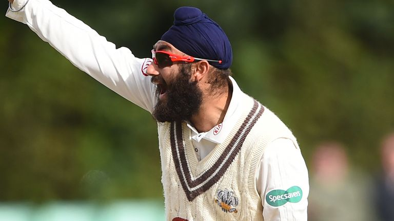 WORCESTER, ENGLAND - SEPTEMBER 12: Amar Virdi of Surrey appeals during day three of the Specsavers County Championship Division One match between Worcestershire and Surrey at New Road on September 12, 2018 in Worcester, England. (Photo by Nathan Stirk/Getty Images)