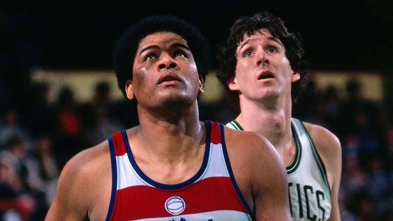 Wes Unseld boxes out against the Boston Celtics