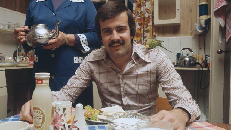 Thorne enjoying lunch in 1976