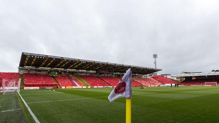 An Aberdeen player has tested positive for coronavirus