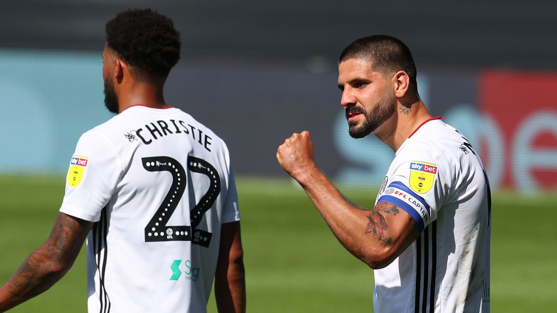 Fulham keep auto promotion hopes alive