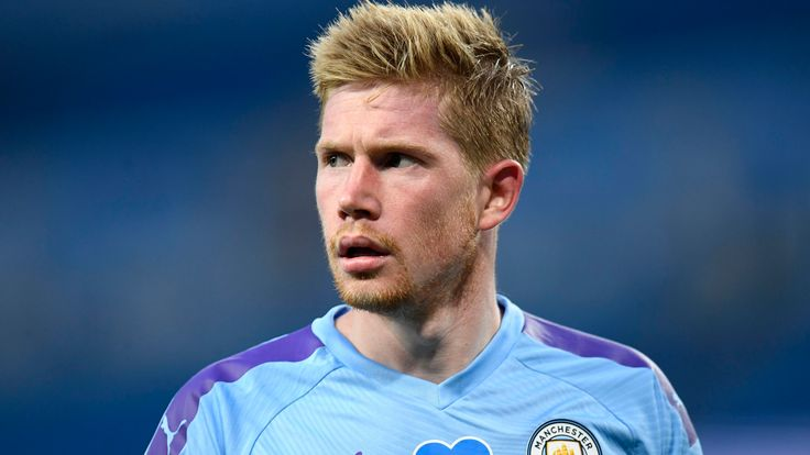 Kevin De Bruyne in action for Manchester City against Liverpool