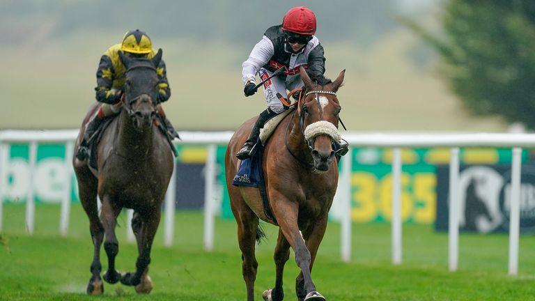 Dame Malliot wins at Newmarket