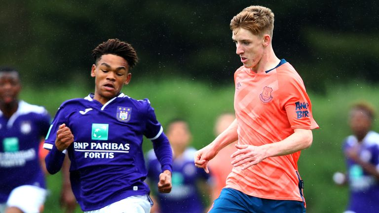Gordon was named best attacker at the Otten Cup last summer— an U19 competition in the Netherlands