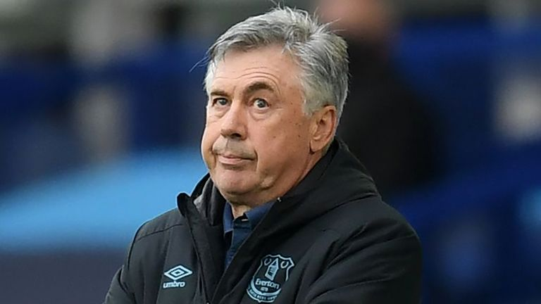 Everton boss Carlo Ancelotti looks on during the draw with Southampton