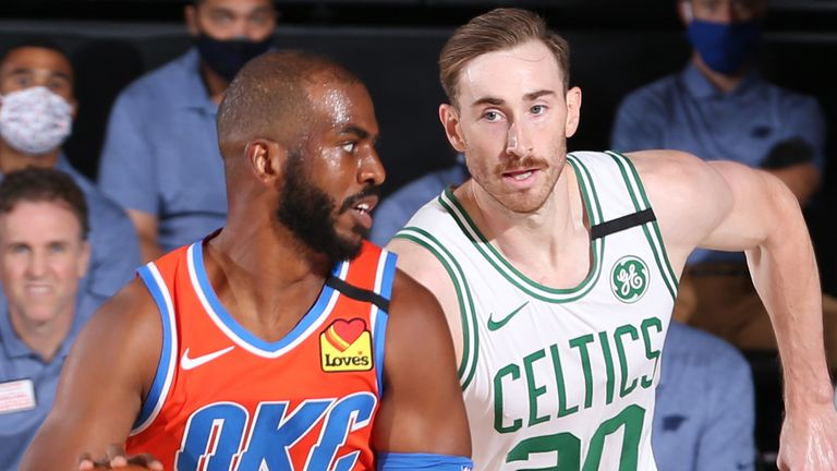 Chris Paul is chased by Gordon Hayward