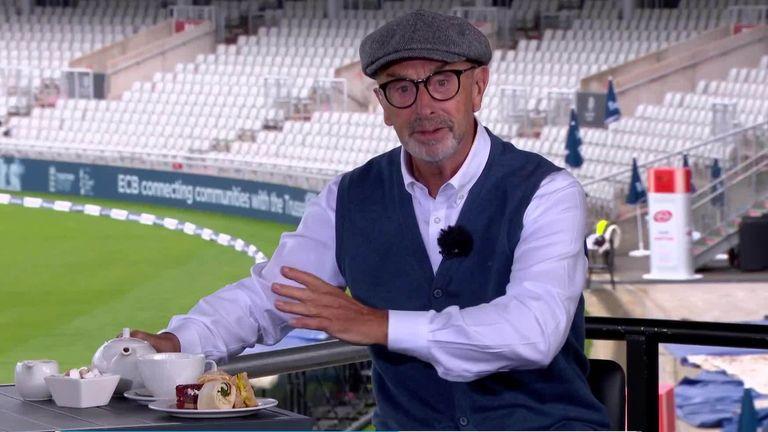 David Lloyd tucks into his #CricketTea