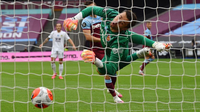 Lukasz Fabianski couldn't keep out Jay Rodriguez's effort