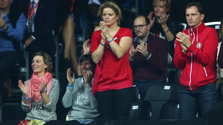 Clijsters cheers on David Goffin during his Davis Cup final singles rubber against Andy Murray in 2015