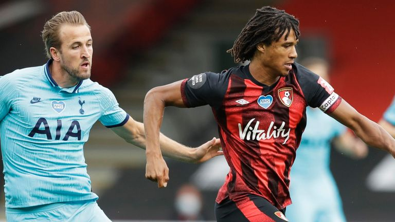 Nathan Ake holds off Kane during Spurs' stalemate at Bournemouth