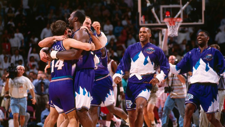 Relive John Stockton's late surge for Utah as he finished with 25 points to lead the Jazz to the 1997 NBA Finals at the expense of Houston's Big Three.
