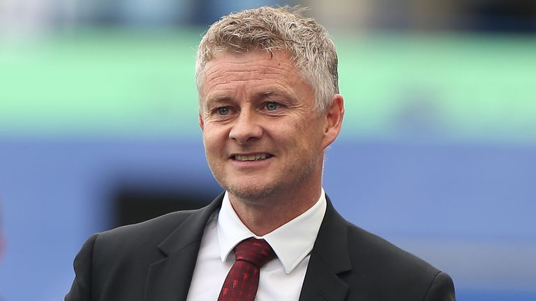 Ole Gunnar Solskjaer watches on as Manchester United face Leicester City