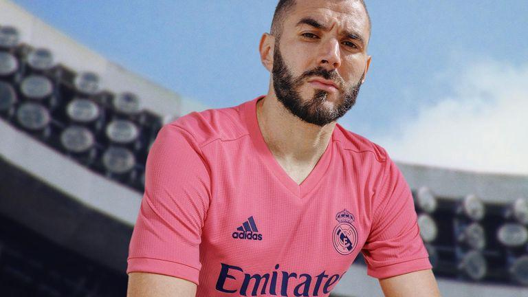 Karim Benzema models Real Madrid's new away kit