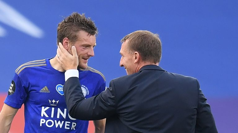 Rodgers greets Jamie Vardy after Leicester's win over Sheffield United