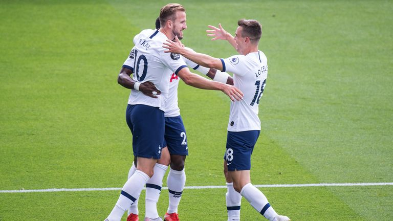 LONDON, ENGLAND - JULY 26: Harry Kane of Tottenham Hotspur celebrate with his teammates Giovani Lo Celso and Harry Winks after scoring 1st goal during the Premier League match between Crystal Palace and Tottenham Hotspur at Selhurst Park on July 26, 2020 in London, United Kingdom. (Photo by Sebastian Frej/MB Media/Getty Images)