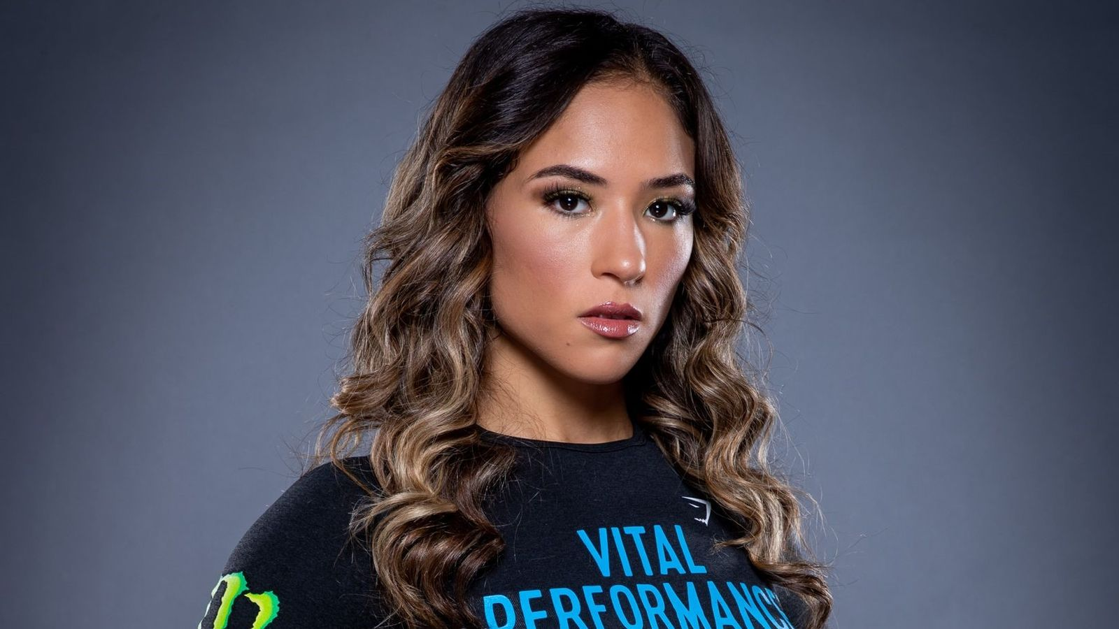 Valerie Loureda signs multi-fight extension deal with
