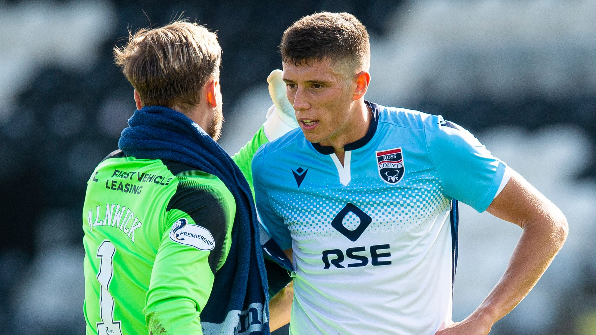 Ross County draw against 10-man St Mirren