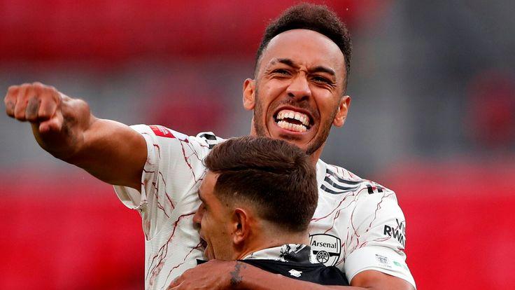 Pierre-Emerick Aubameyang celebrates Arsenal's shootout win over Liverpool