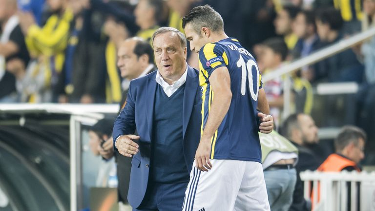 Dick Advocaat and Robin Van Persie previously worked together at Turkish side Fenerbahce from 2016-17