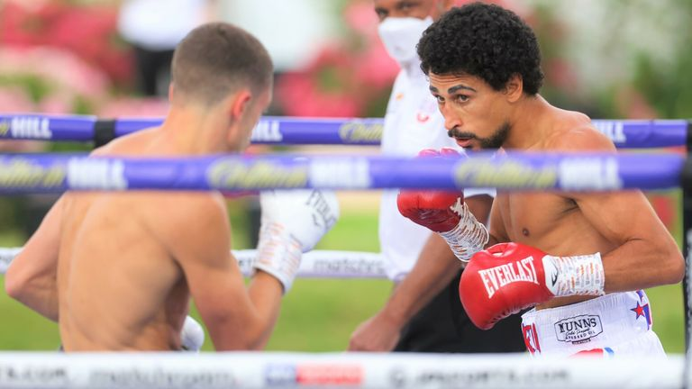 Jordan Gill secured a unanimous points win over Reece Bellotti