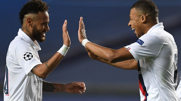 Neymar and Kylian Mbappe celebrate together