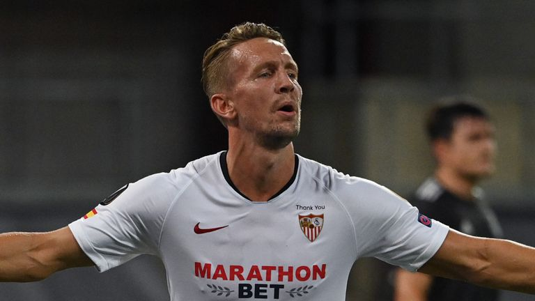 Luuk De Jong's winner sent Sevilla into the Europa League final at the expense of Manchester United