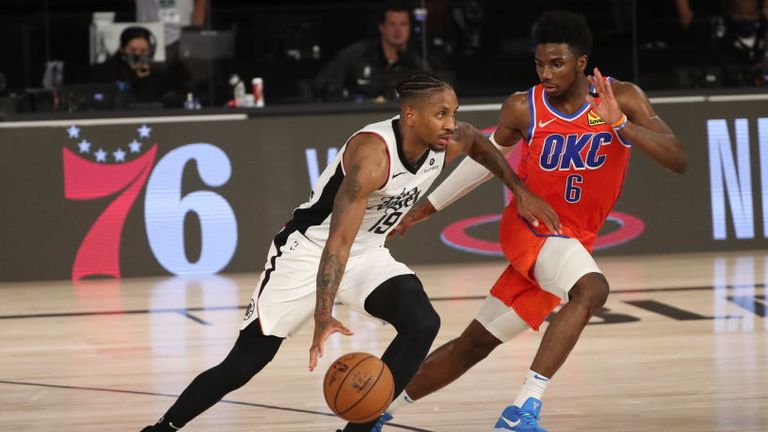 Rodney McGruder of the LA Clippers handles the ball during the game against the Oklahoma City Thunder