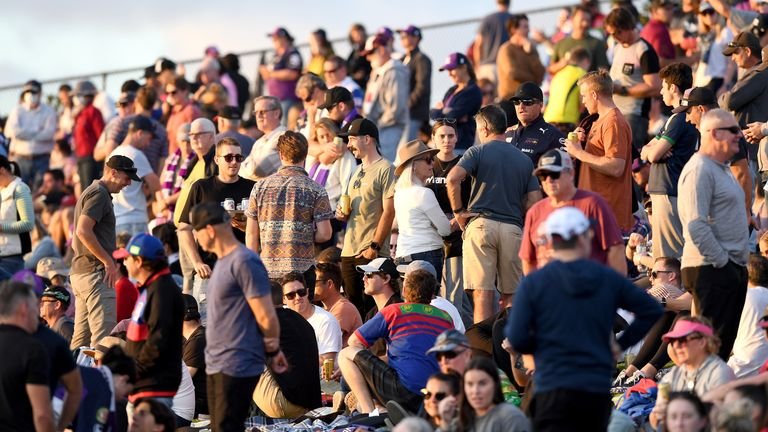 Crowds on the hill at Sunshine Coast Stadium during Melbourne's clash with Newcastle