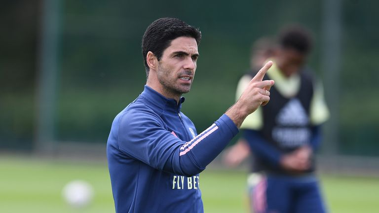 Mikel Arteta takes Arsenal training on July 29, 2020 ahead of the FA Cup final