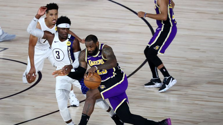 Highlights of the seeding match between the Los Angeles Lakers and the Indiana Pacers from Orlando.