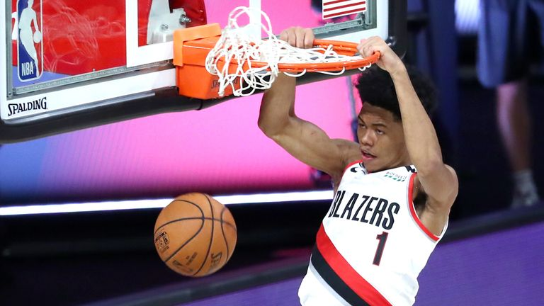 Portland's Anfernee Simons pulled off an incredible alley-oop slam dunk from Gary Trent Jr's pass in the Trail Blazers NBA clash against the Los Angeles Clippers.