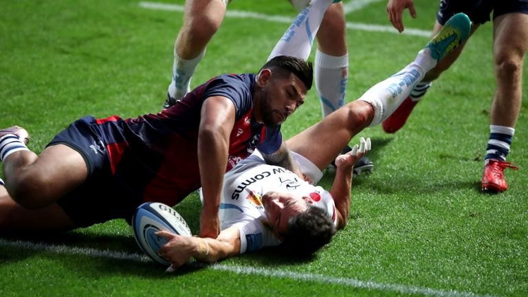 Sam Hidalgo-Clyne finished off a flowing move for Exeter's second try