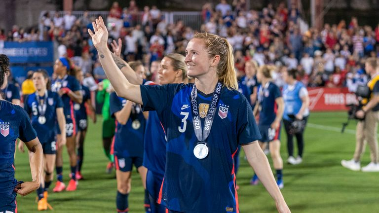 Sam Mewis had already joined Manchester City and is now joined by USA teammate Lavelle
