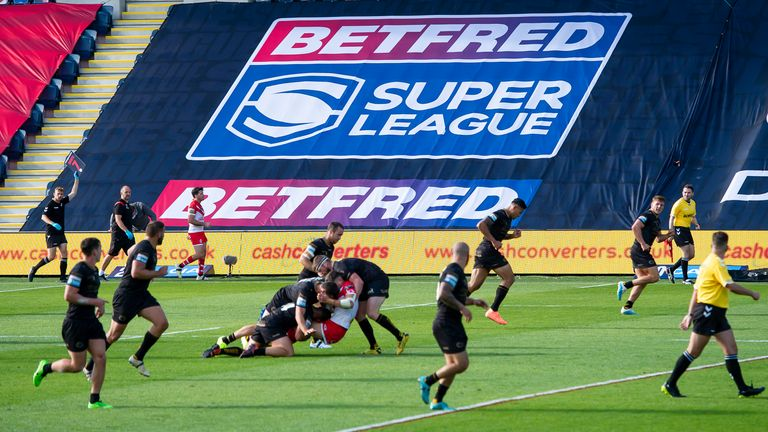 Brian Carney ponders whether splitting games into quarters would work in rugby league