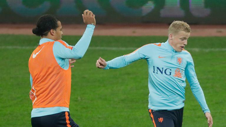 Virgil van Dijk and Donny Van de Beek in Holland training.