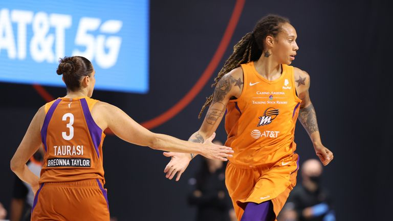 Diana Taurasi and Brittney Griner combined for 38 points as Phoenix Mercury overcame Atlanta Dream 81-74.
