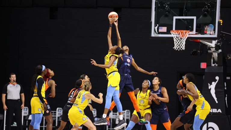 Highlights of the WNBA regular season game between the Chicago Sky and the Connecticut Sun from Florida.
