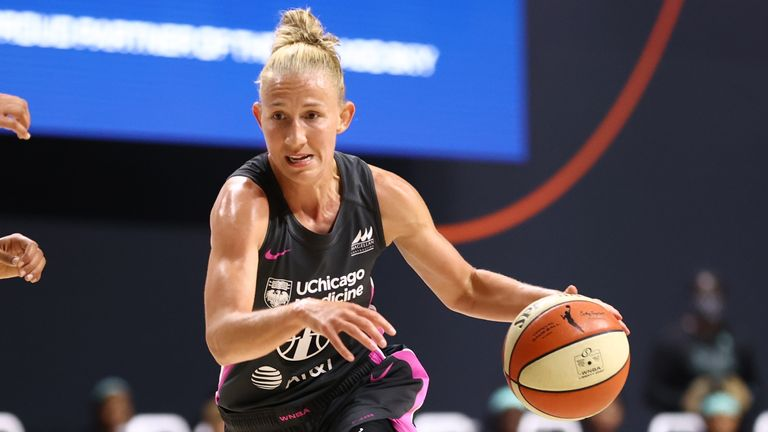 Courtney Vandersloot #22 of the Chicago Sky handles the ball during the game against the New York Liberty on August 25, 2020 at Feld Entertainment Center in Palmetto, Florida.