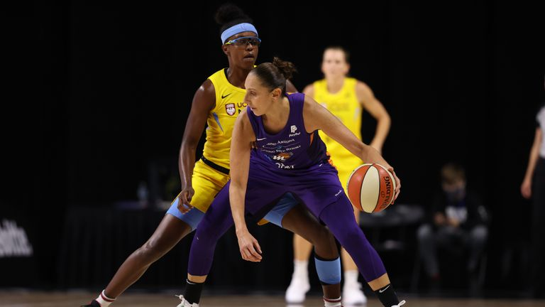 Diana Taurasi #3 of the Phoenix Mercury handles the ball against the Chicago Sky on August 6, 2020 at Feld Entertainment Center in Palmetto, Florida.